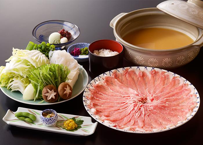 豚の味噌煮込み鍋